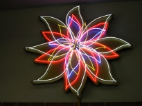 NIGHTBLOOMING FLOWER, 7 Transformators, 4 animated Circuits, ø 225 cm, 1998